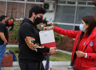 Más de 60 artistas fueron beneficiados con la entrega de cajas de alimentos